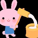餅をつくウサギのイラスト(お月見)